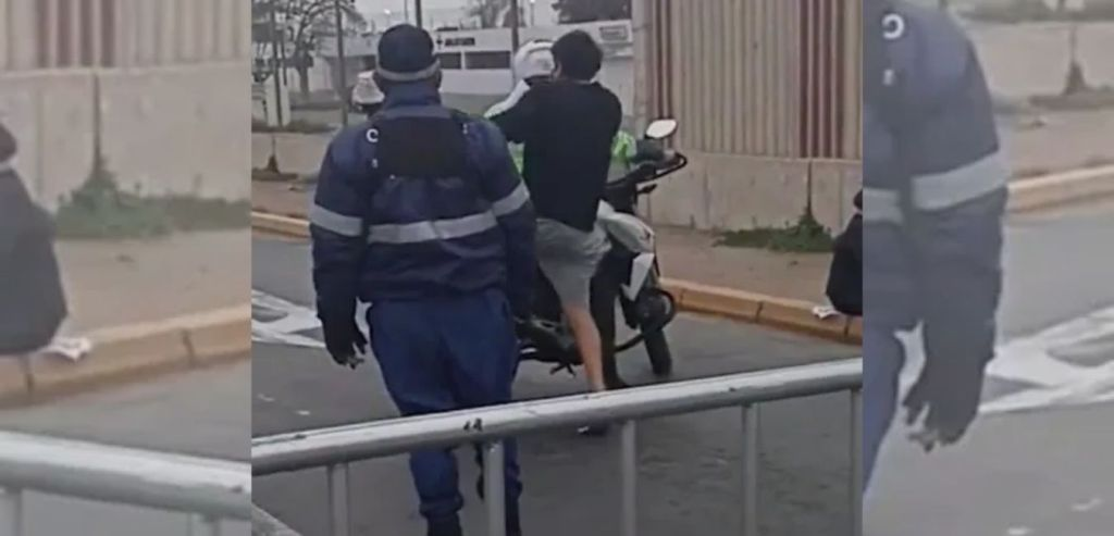 La police A PRIS UN ÉTUDIANT À L'UNIVERSITÉ